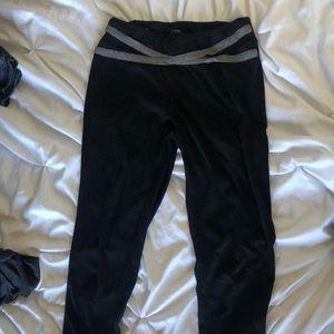 ankle length black workout leggings